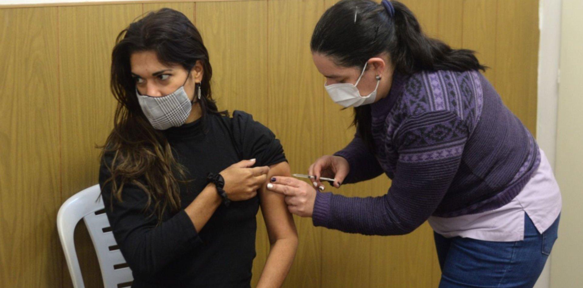 Provincia envió más de 600 mil turnos para vacunar a jóvenes de 18 a 29 años
