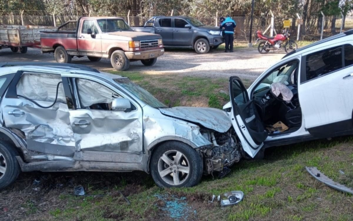 Un bebé y su familia heridos tras un brutal choque en el límite de La Plata y Brandsen