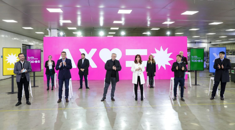 Con Alberto y Cristina, el oficialismo lanzó sus candidatos