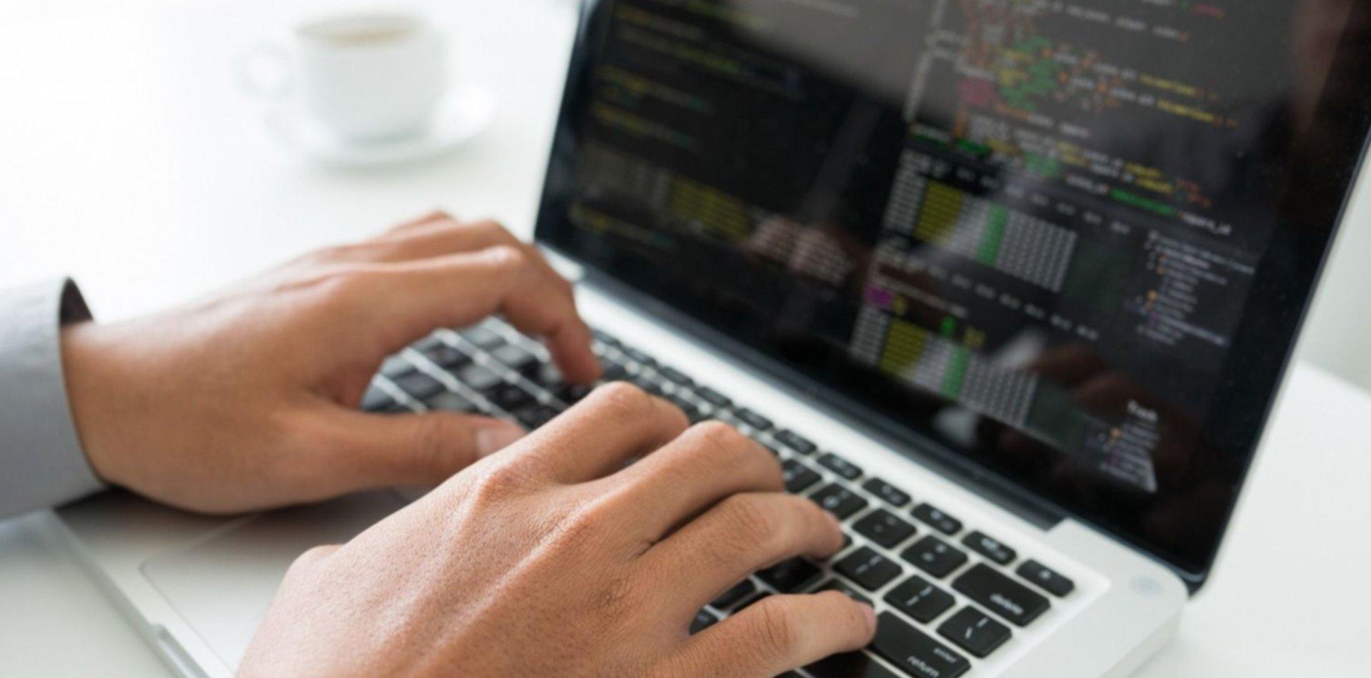 Oferta laboral: La UNLP busca programadores para una importante empresa en La Plata