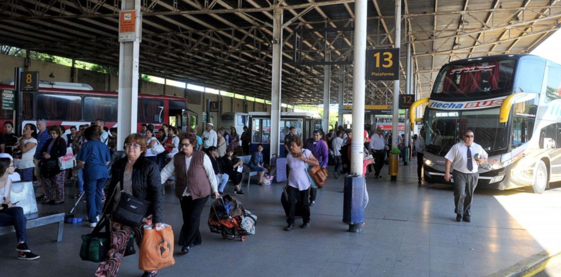 """Habrá descuentos de hasta el 70% para viajar por el país en la """"Semana del Bus"""""""