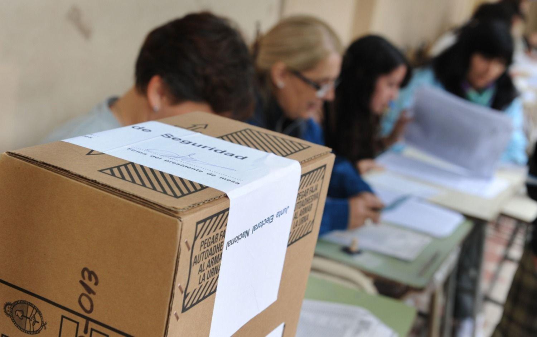 La Justicia Electoral cambió el límite de edad para autoridades de mesa por la pandemia