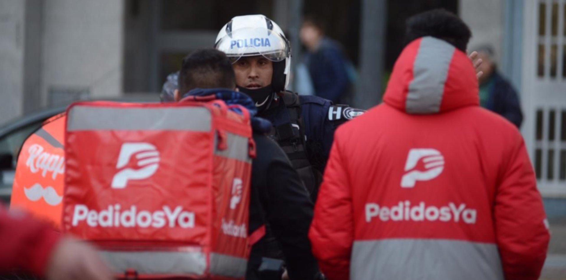 Violento asalto a un repartidor de Pedidos Ya: lo atacaron e hirieron con una tijera