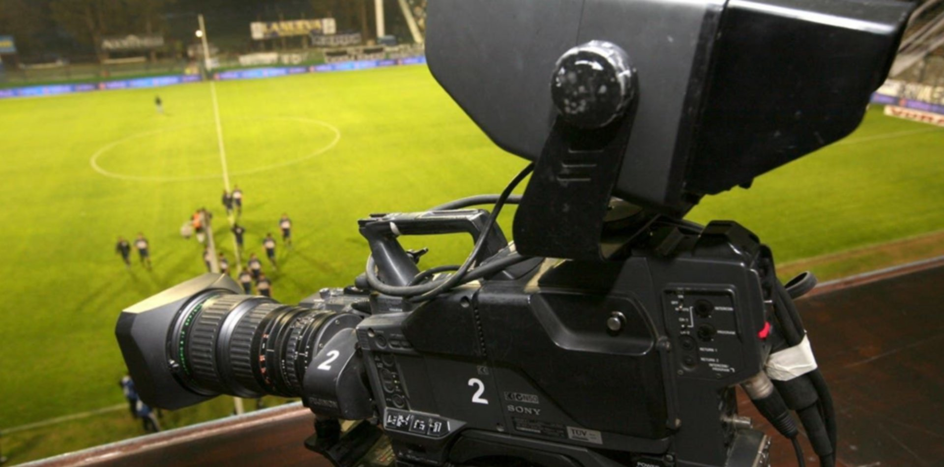 La AFA rompió el contrato de televisión con Fox pero Boca y River se despegaron