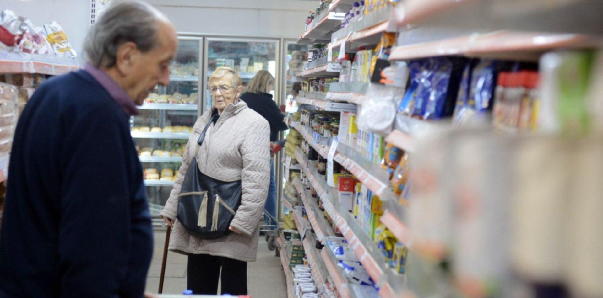 Tras el anuncio de los productos sin IVA, así arrancaron los precios en La Plata