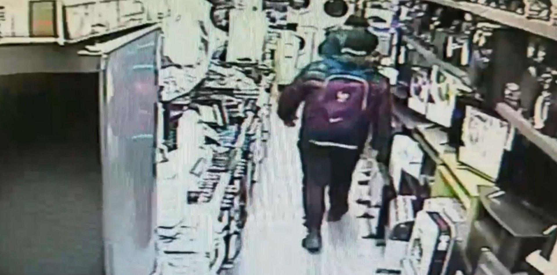 VIDEO: Una banda de ladrones desvalijó una casa de electrodomésticos de La Plata
