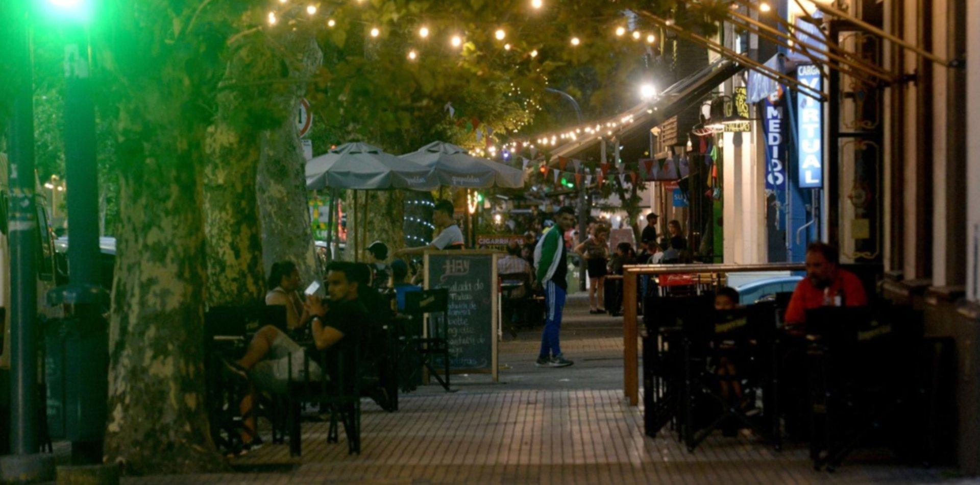 Desde este sábado se eliminarán las restricciones nocturnas en La Plata