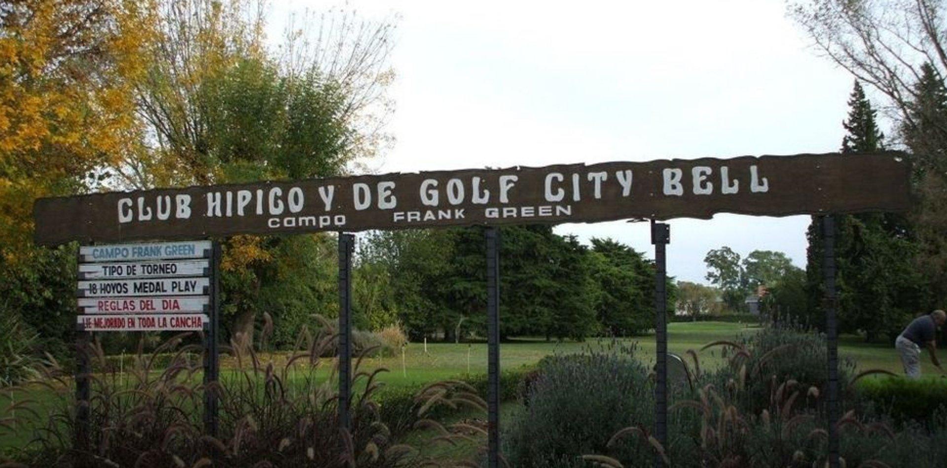 Rompieron la cuarentena para jugar al golf en La Plata y terminaron detenidos