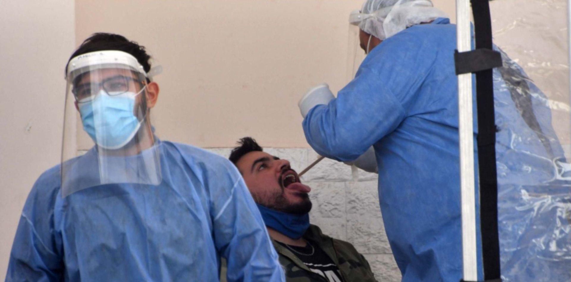 Se registraron 209 nuevas muertes por coronavirus en Argentina y 7.663 contagios