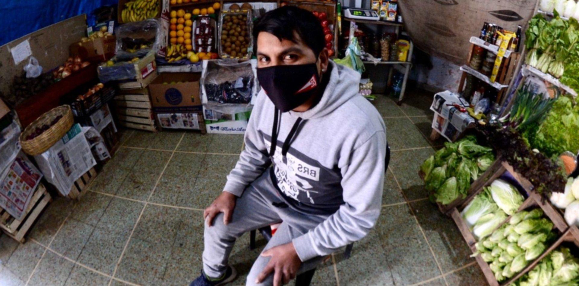 Un verdulero de La Plata esperó un mes con $500 mil para devolvérselos a la dueña