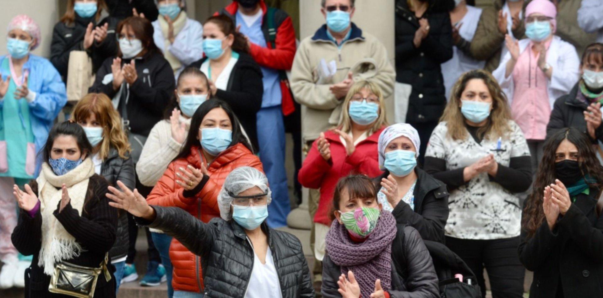 VIDEO: Así fue la emotiva despedida del enfermero que murió por coronavirus en La Plata
