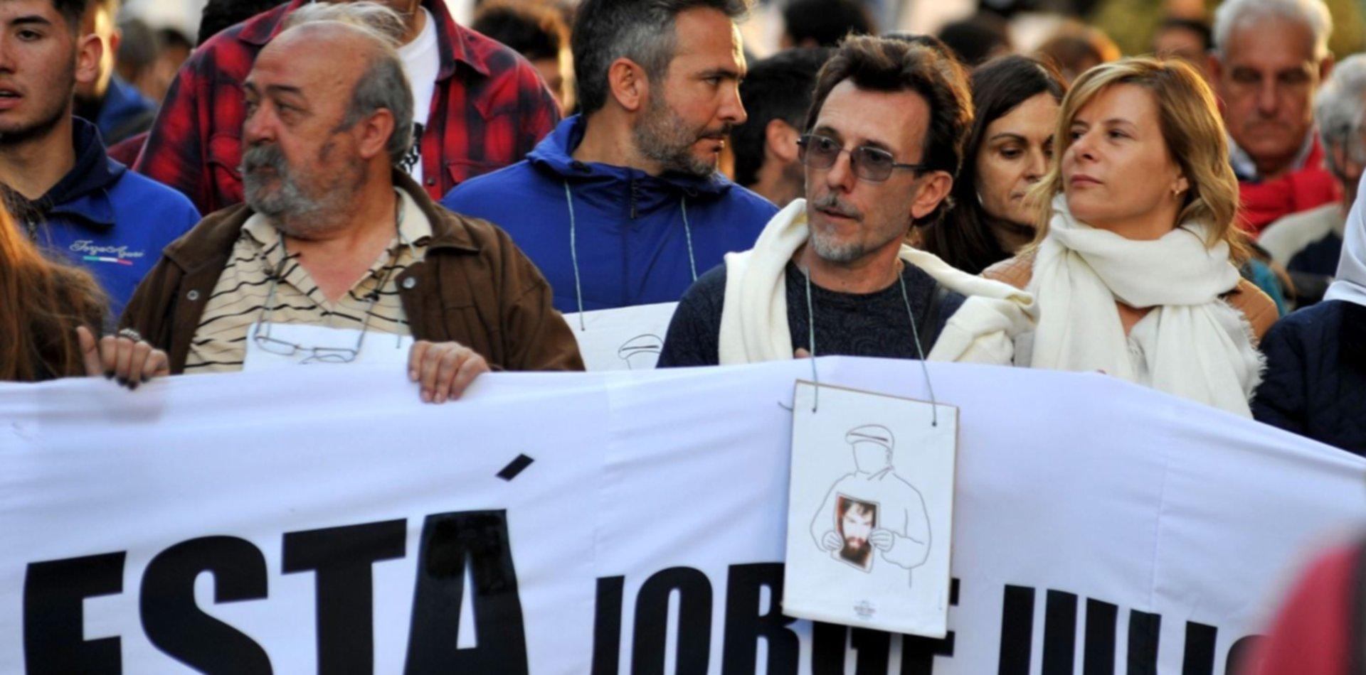 """13 años sin Julio López: """"Estamos igual, con bronca y la Justicia no hace nada"""""""