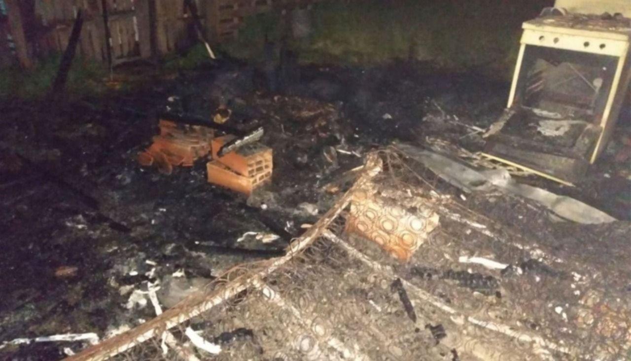 Villa Elisa: Prendieron un espiral por los mosquitos y se les incendió su casa