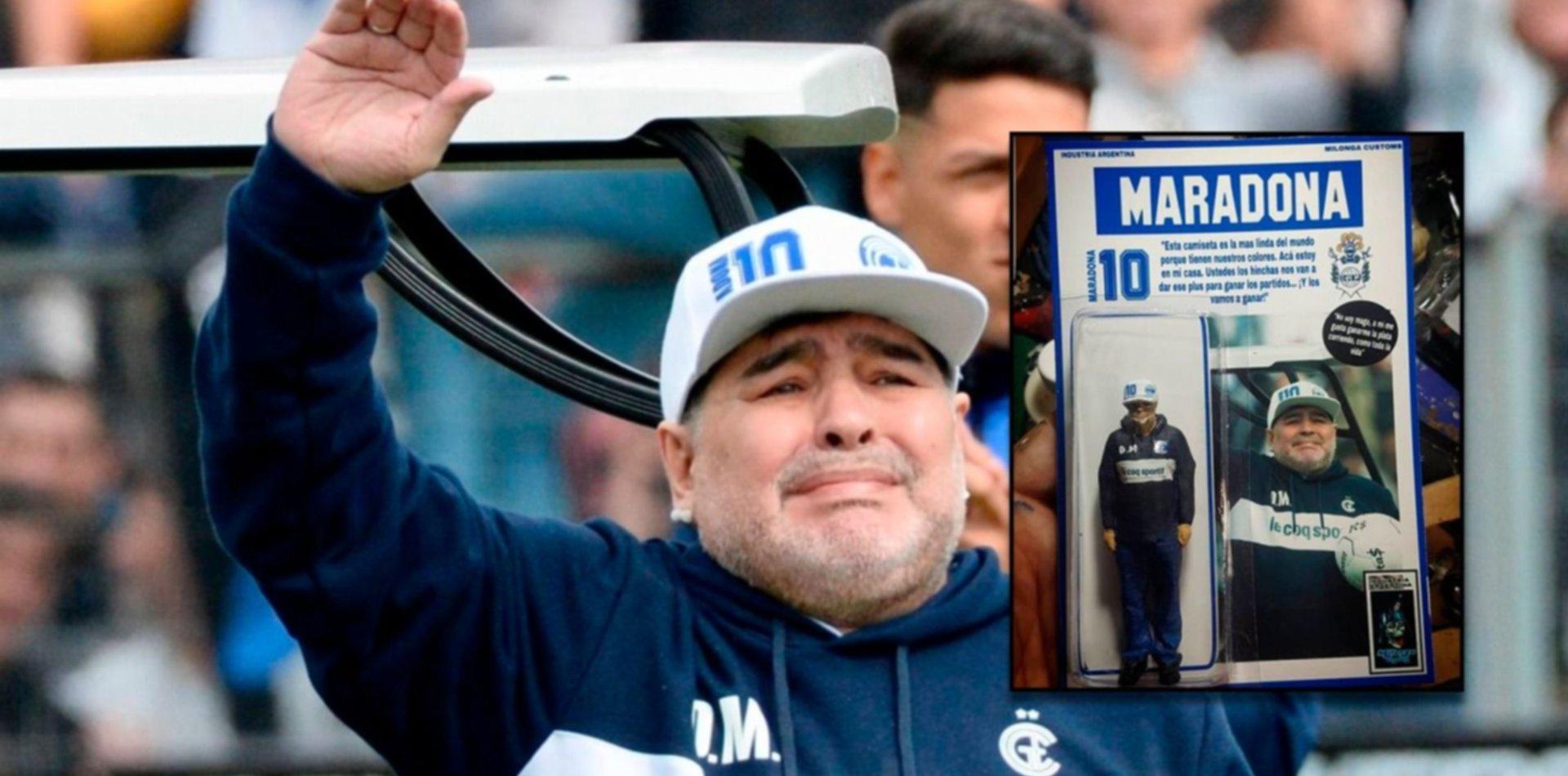 La versión tripera de Maradona ya tiene un muñeco en miniatura y se vende en Internet