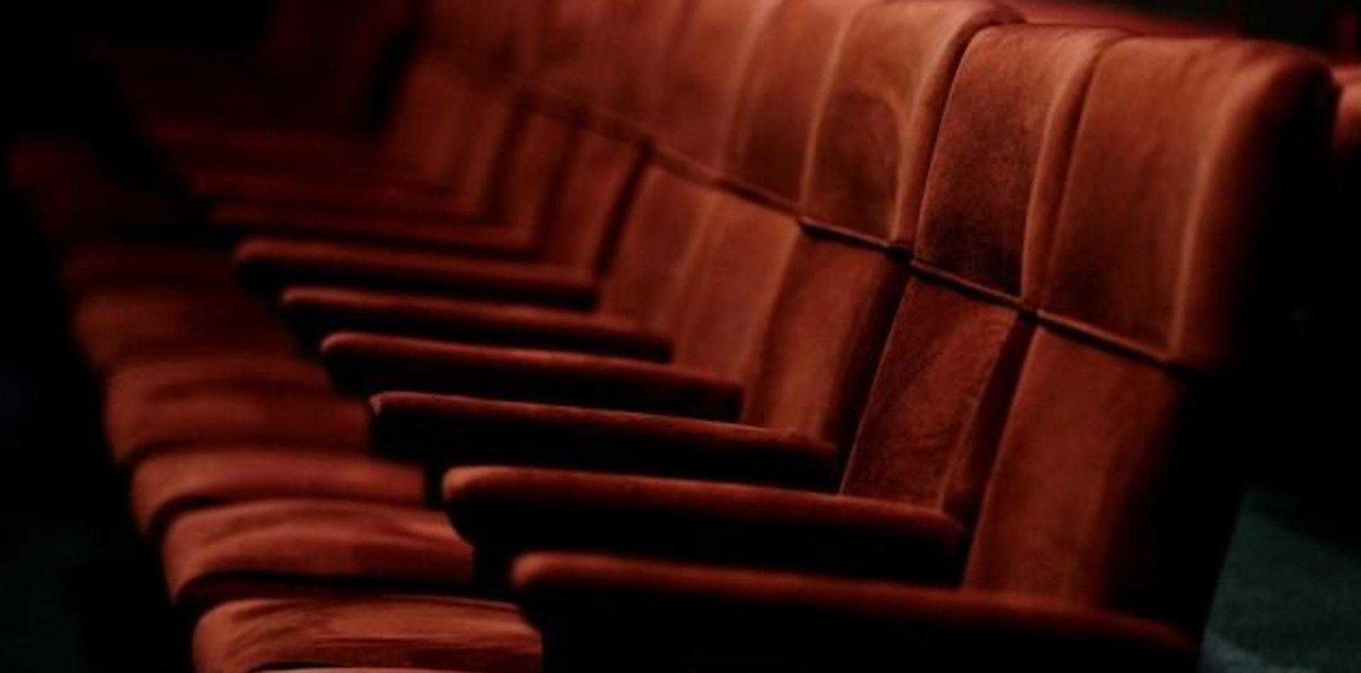 El Teatro de la UNLP presentó su renovada sala con más comodidades para el público