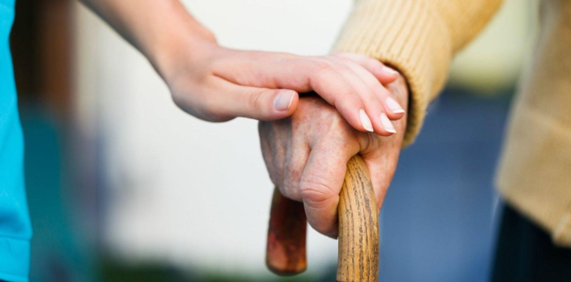 Realizarán charlas y una jornada de capacitación gratuita sobre el Alzheimer en La Plata