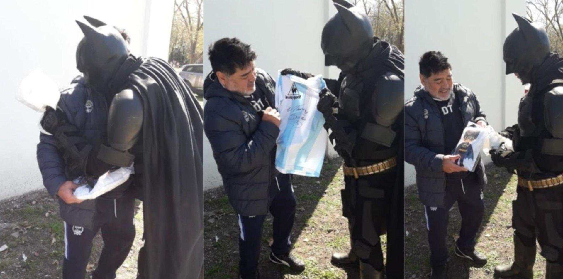 """Batman fue a conocer a Maradona a Estancia Chica: """"No pude contener las lágrimas"""""""