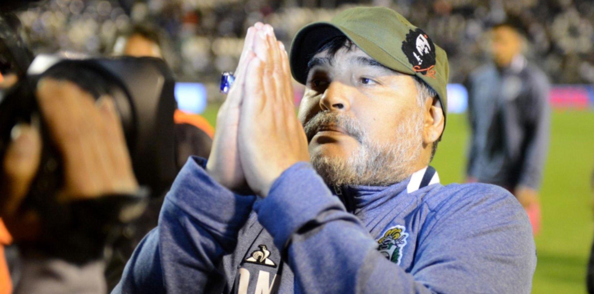 """""""Los intocables"""": ¿quiénes son los jugadores que Maradona pidió que sigan en el Lobo?"""