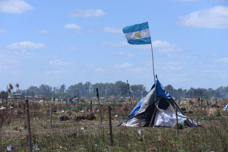 Intentaron usurpar terrenos en un barrio de La Plata y los vecinos lo impidieron