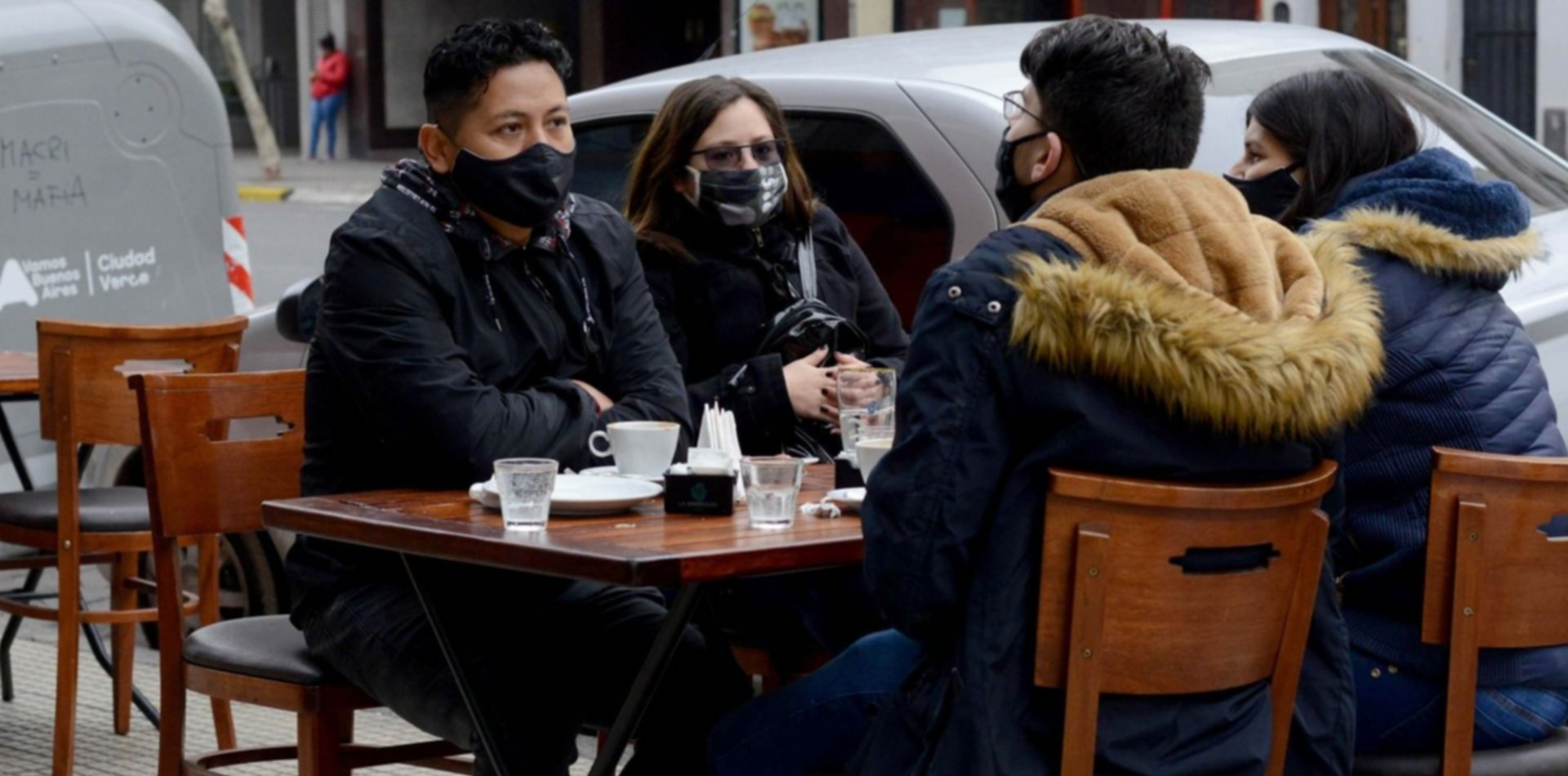 Peatonales, terrazas y distanciamiento: el plan de los bares y restaurantes de La Plata