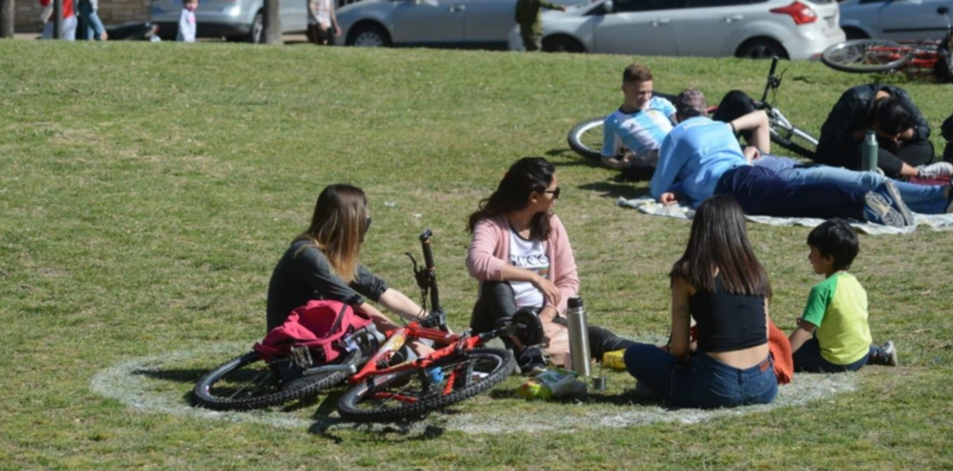 La Plata sumó 74 contagios de COVID-19 y caen los casos activos en la ciudad
