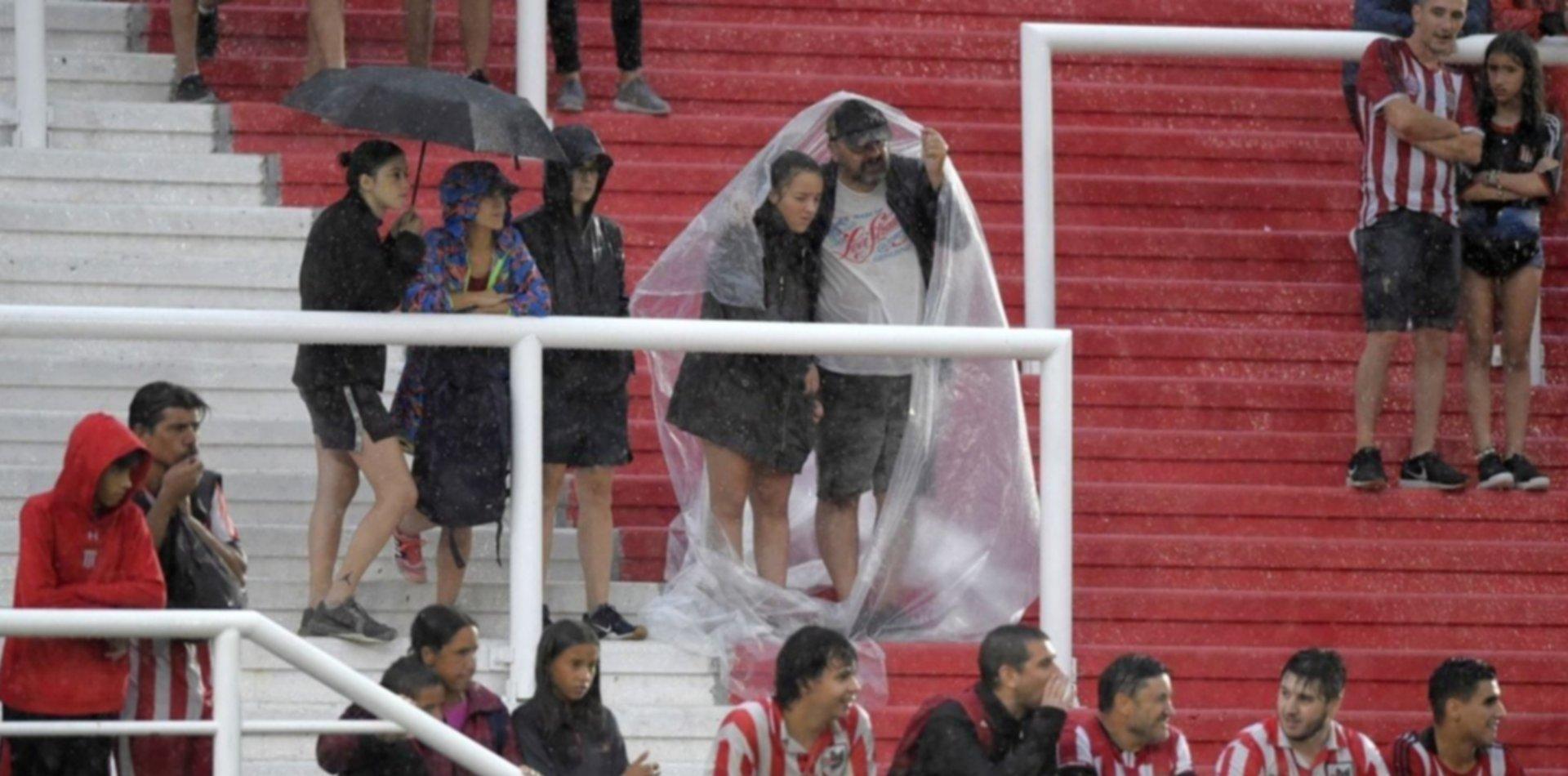 Se suspendió el amistoso de Estudiantes en UNO por las lluvias