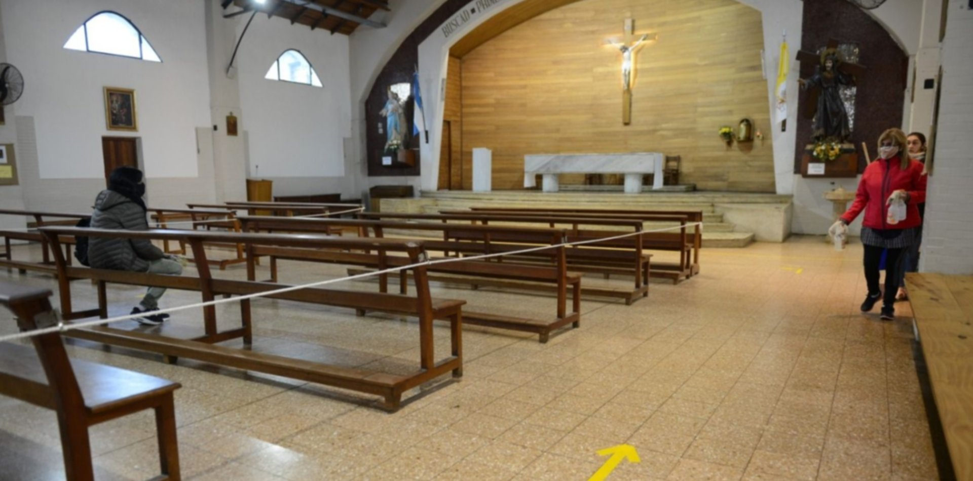 Anticipan que seguirán las misas en La Plata pero con protocolos renovados por el COVID-19