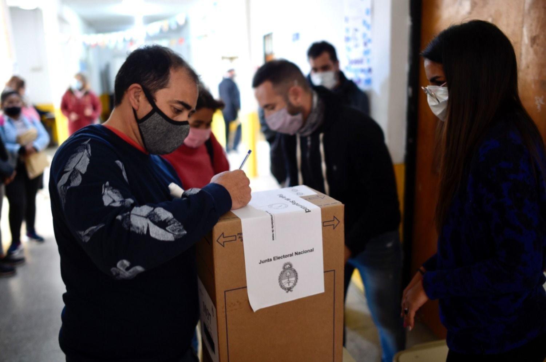 Una encuesta asegura que tres de cada cuatro argentinos mantendría su voto en noviembre