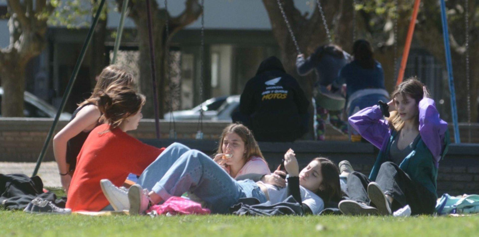 Con diversas propuestas culturales, así se vivió en La Plata el Día de la Primavera