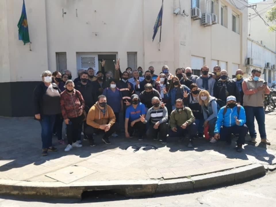 Los Municipales de Berisso completan otra jornada de paro contra el gobierno de Cagliardi
