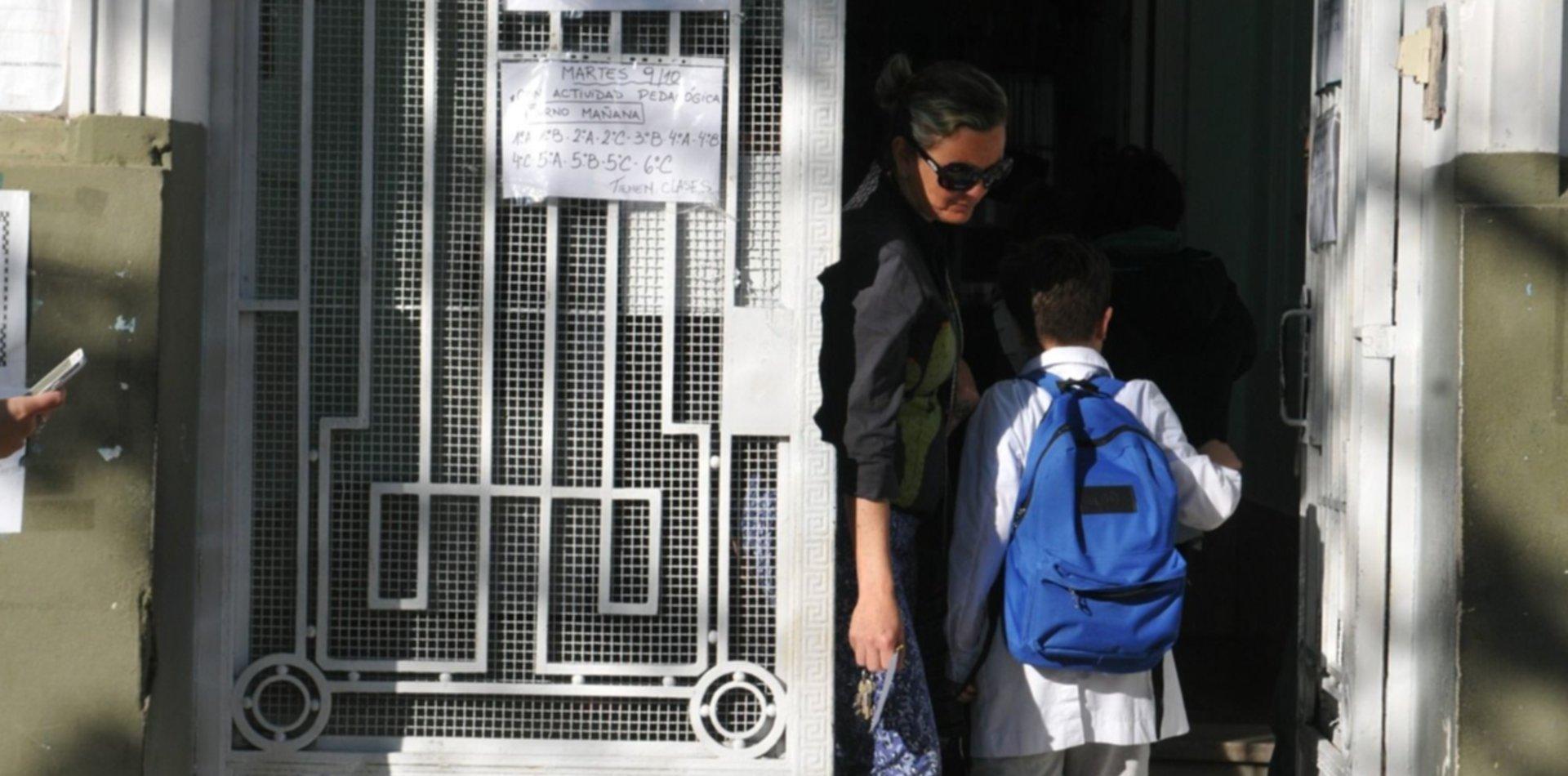 Jueves sin clases: CTERA anunció un paro nacional por el conflicto en Chubut