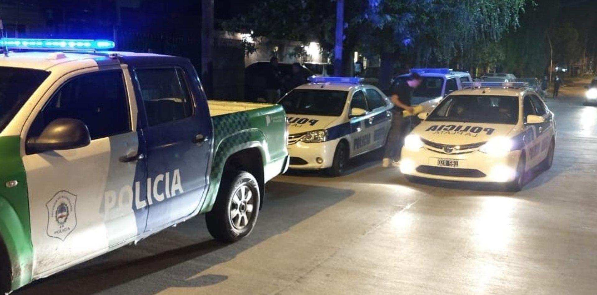 Intento de robo y tiros en El Mondongo: un policía frustró un asalto en plena calle
