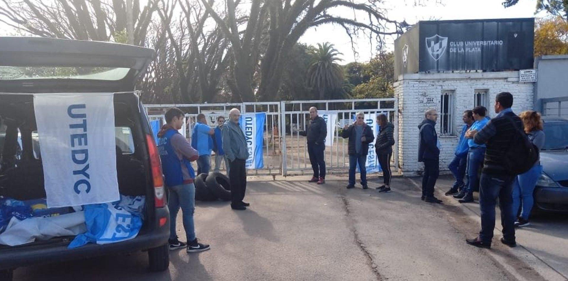 Despidieron a la mitad del personal del Club Universitario y no hay actividades