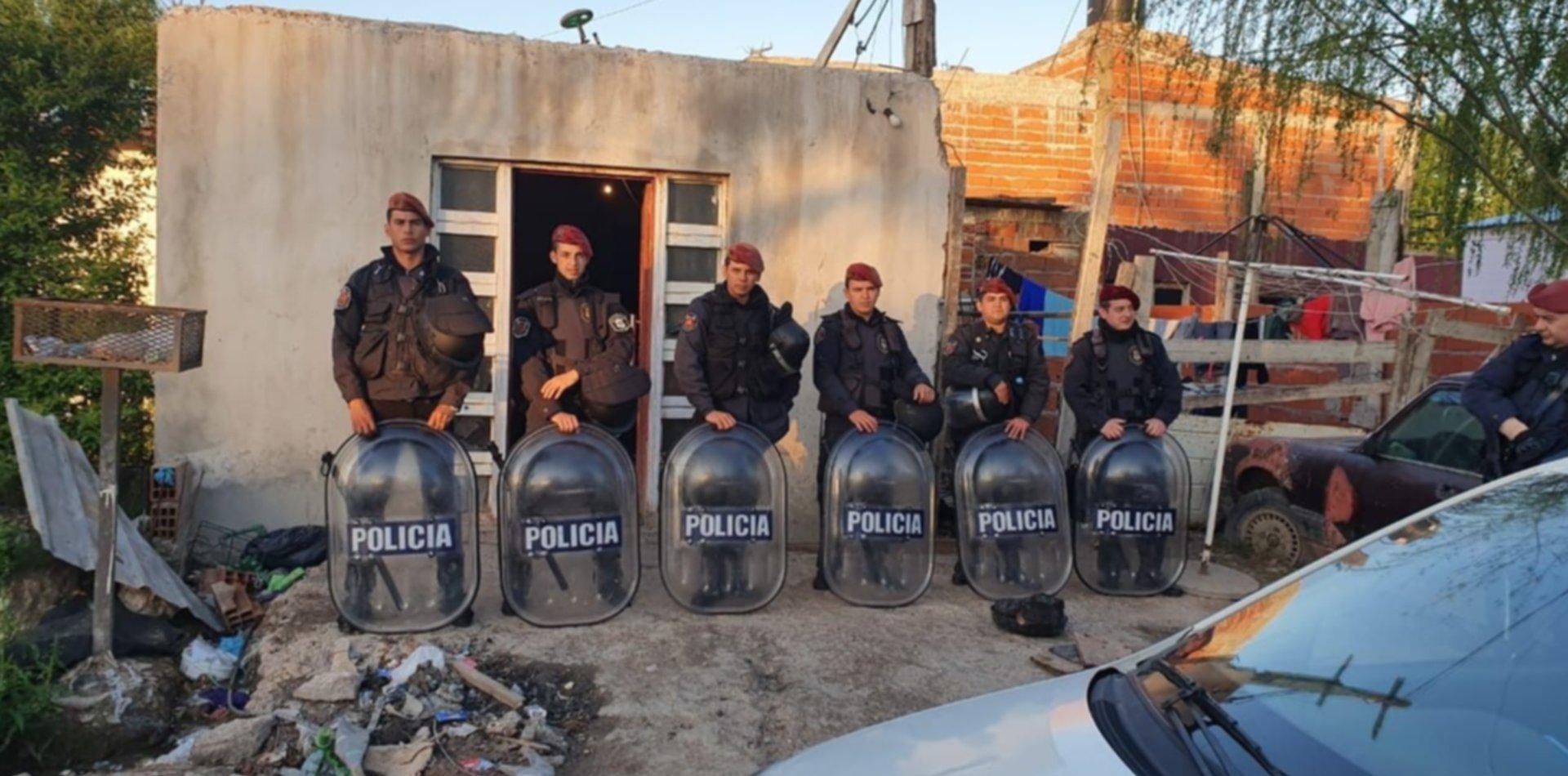 Cocaína, armas y dinero: desbarataron dos búnkers en La Plata y detuvieron a doce personas