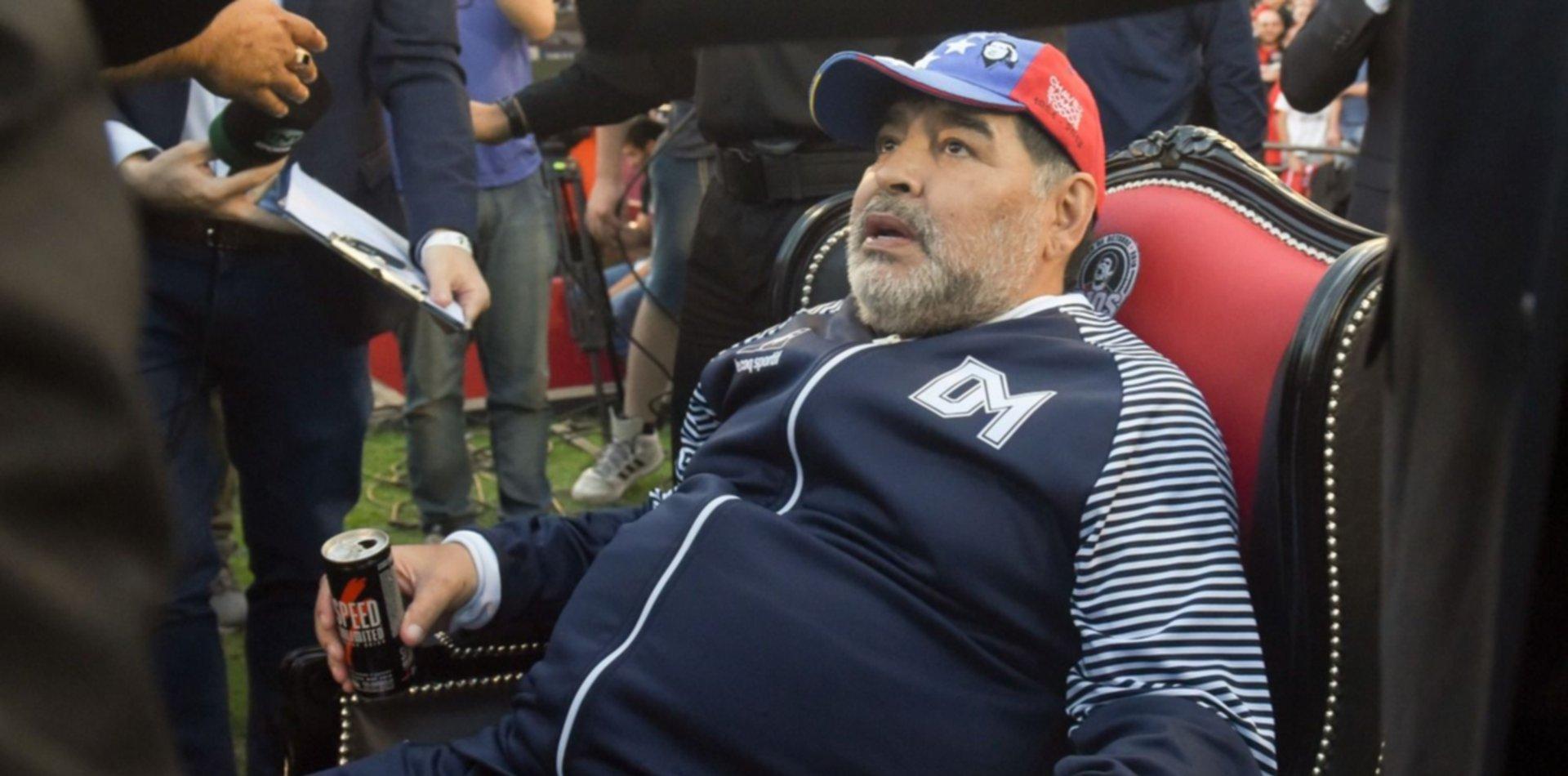 Los detalles de los festejos del cumpleaños de Maradona que preocuparon a sus hijas
