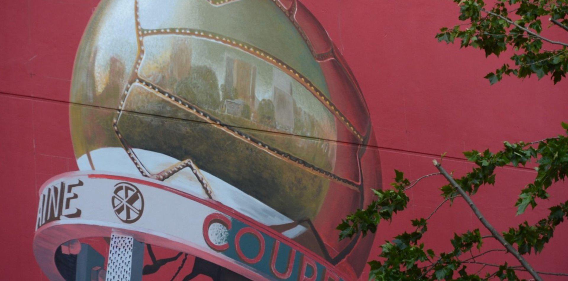 Así va quedando el mural de Estudiantes a diez días de la inauguración del estadio en 1 y 57