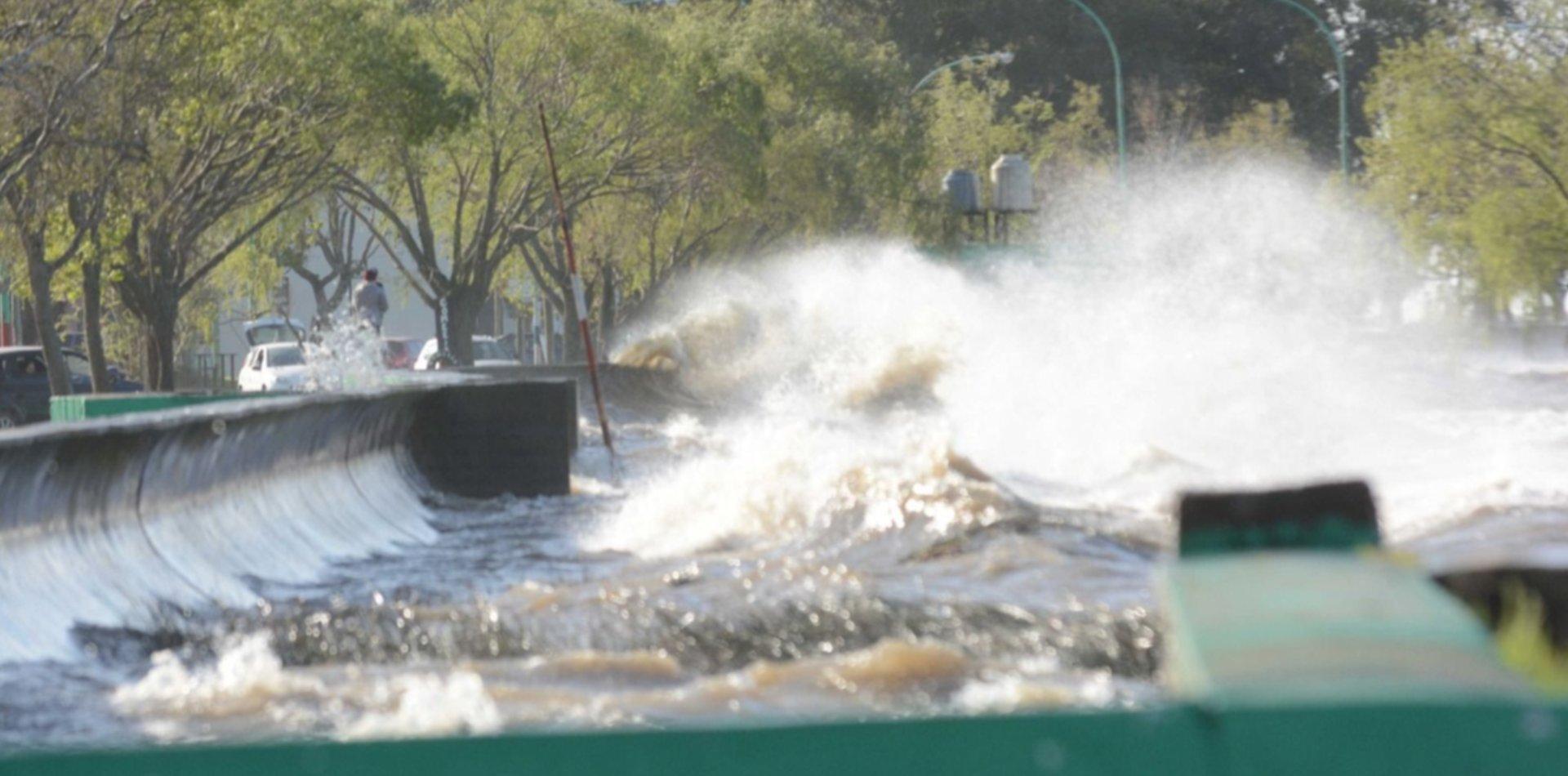 Alerta de sudestada en el Río de la Plata: esta tarde podría superar los 2 metros
