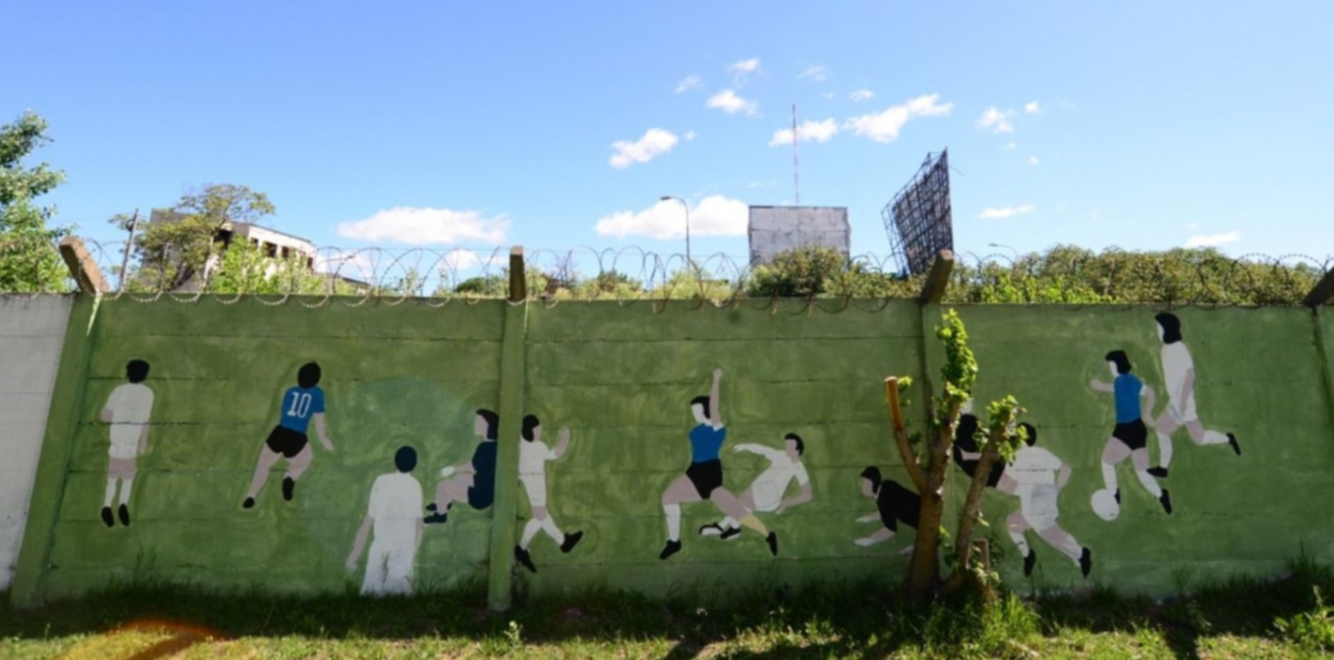 VIDEO: Restauraron un histórico mural del gol de Diego Maradona a los ingleses