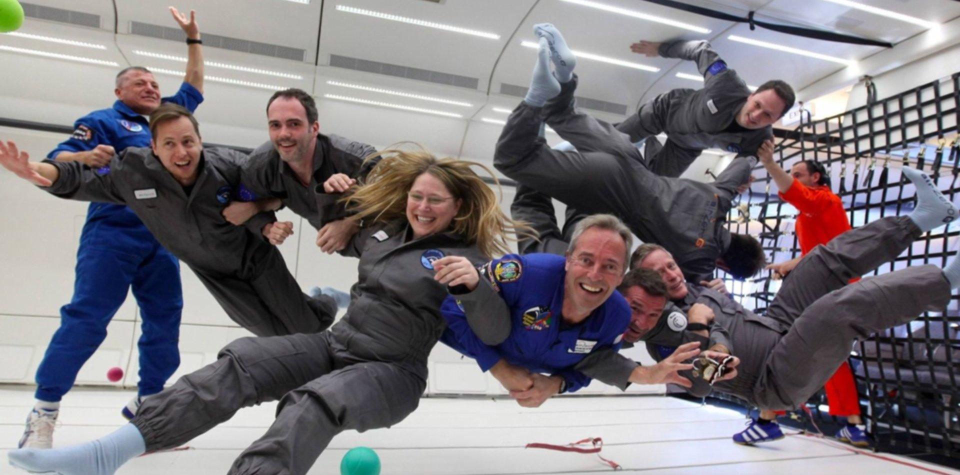 Convocan a un concurso que premiará a los ganadores con un día para ser astronautas