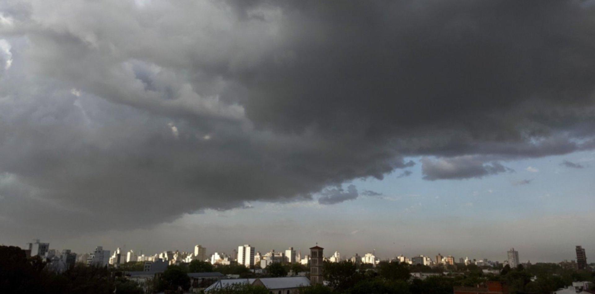 Llegaron las ráfagas de viento y así seguirá el clima en La Plata
