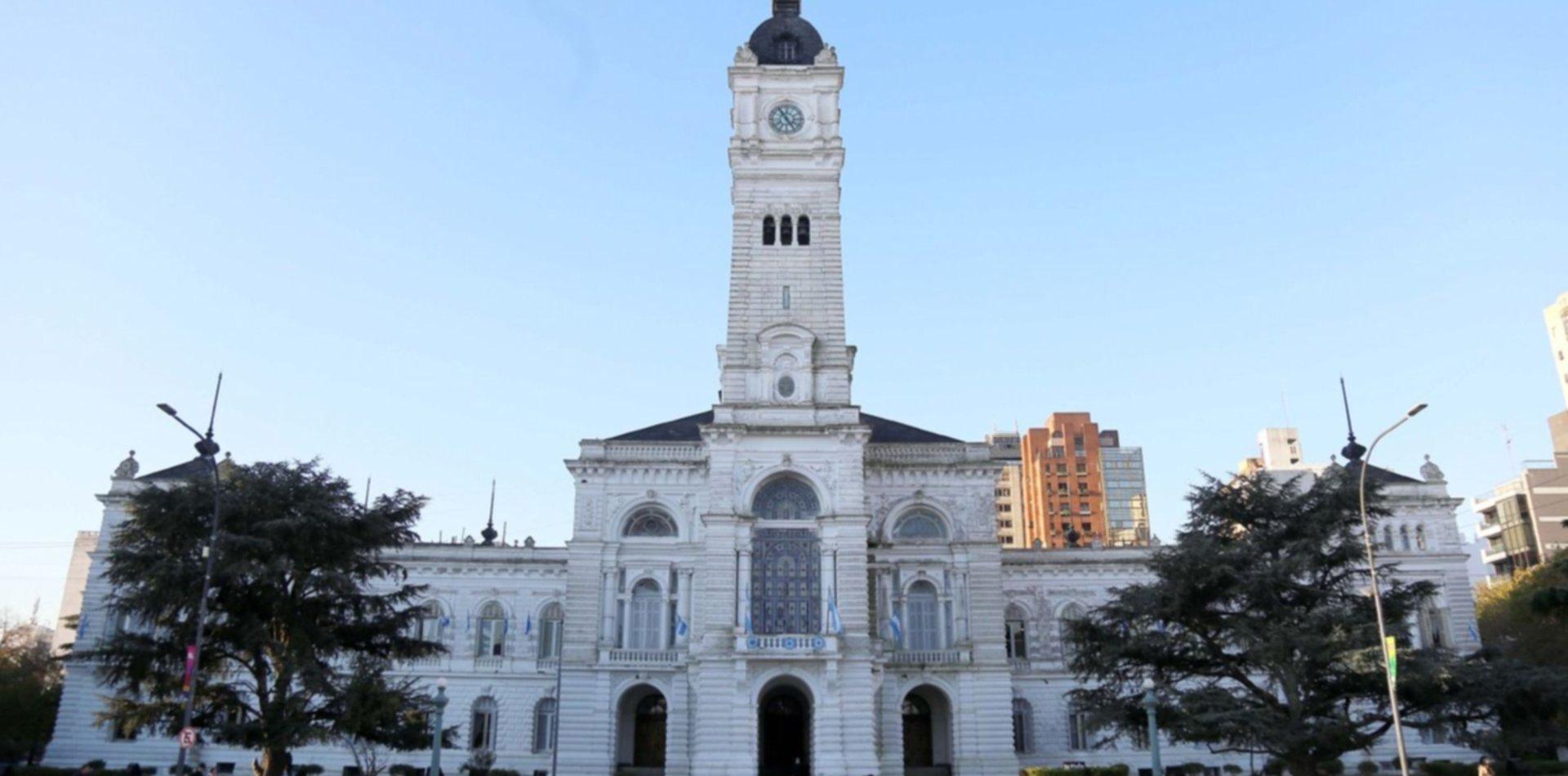 El Municipio ofreció una suba del 26,8% y los gremios lo rechazaron: seguirán negociando