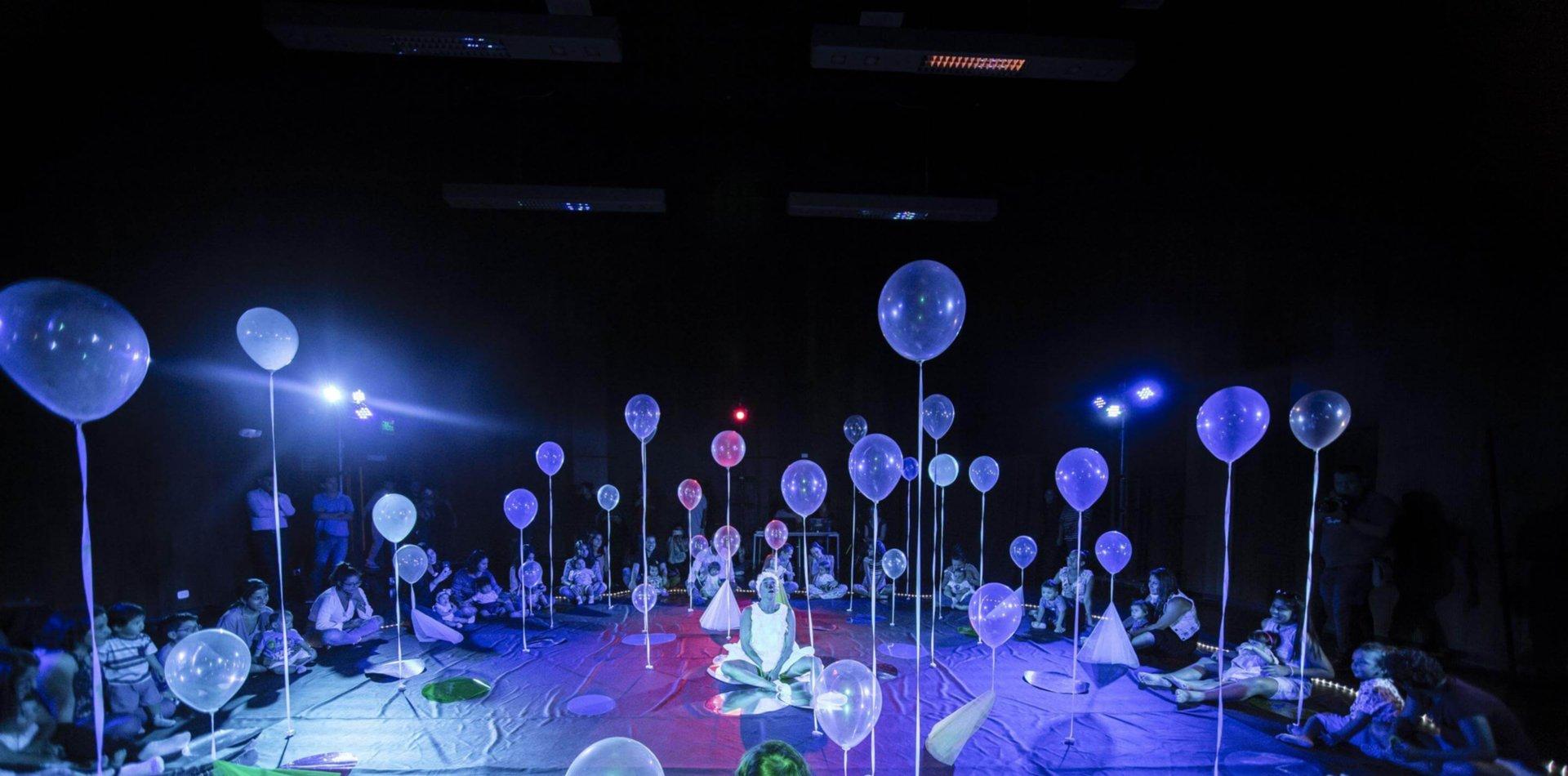 Flotante vuelve a La Plata: dedicada a los bebés, una sensacional experiencia sensorial