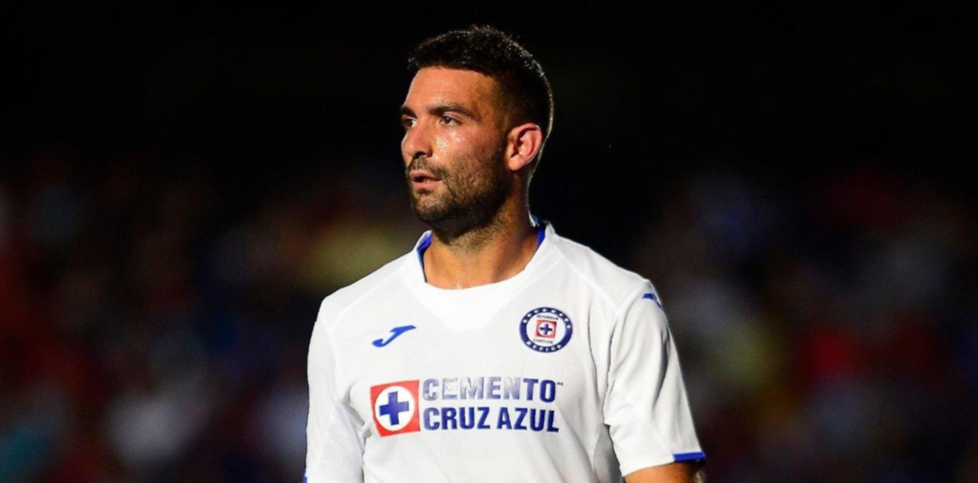 Martín Cauteruccio se aleja del Cruz Azul y entra en la órbita de Estudiantes