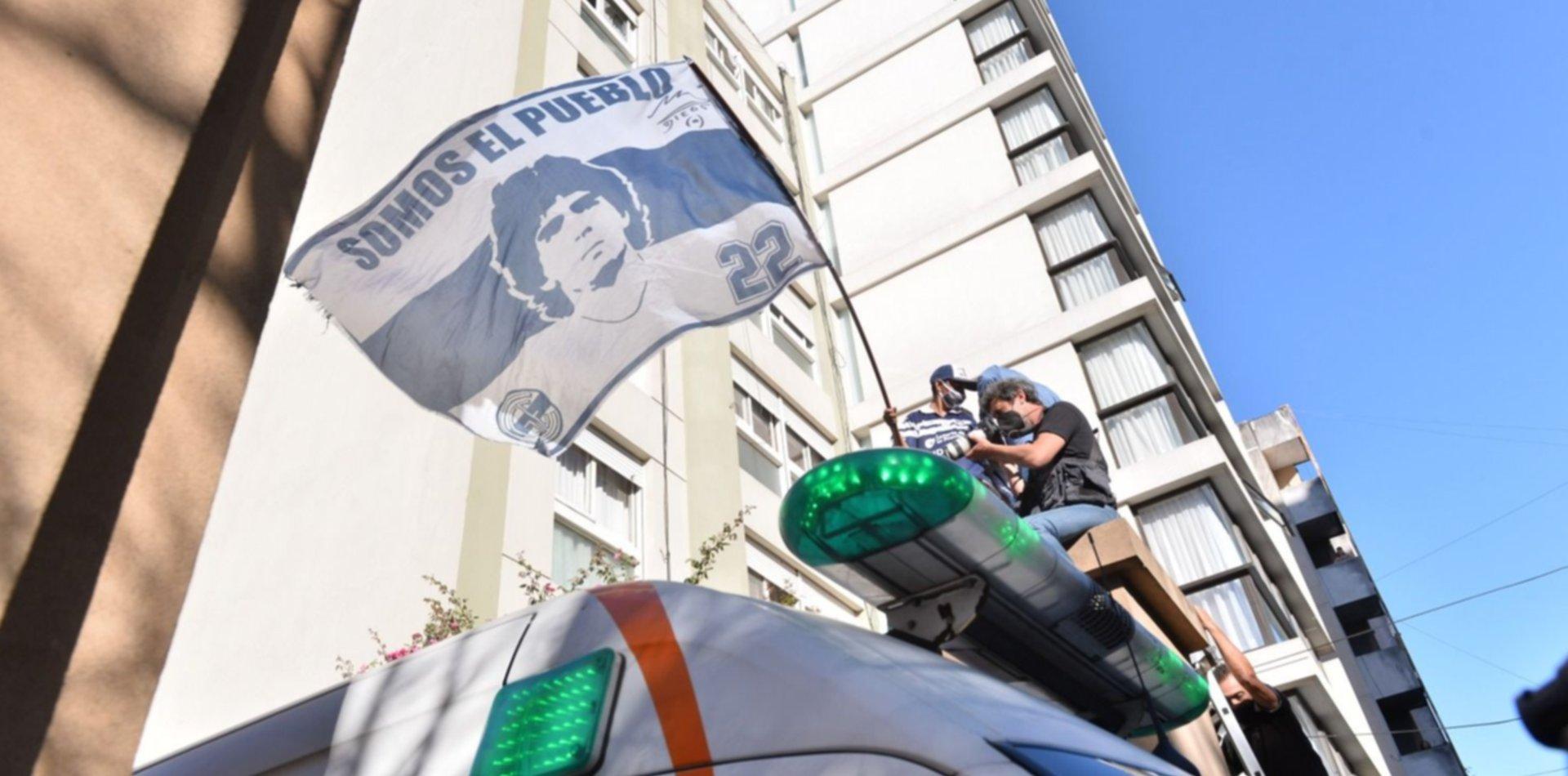 Tres días de duelo por la muerte de Maradona y la agenda presidencial será suspendida