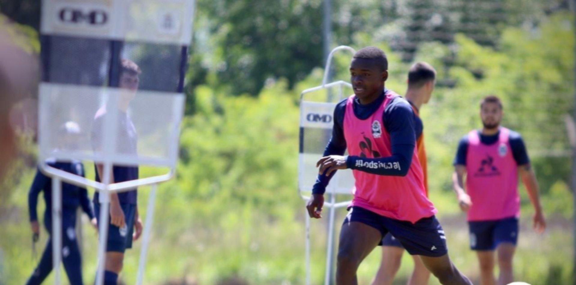 Carbonero dio positivo de COVID, pero igualmente Gimnasia recuperó algunos jugadores