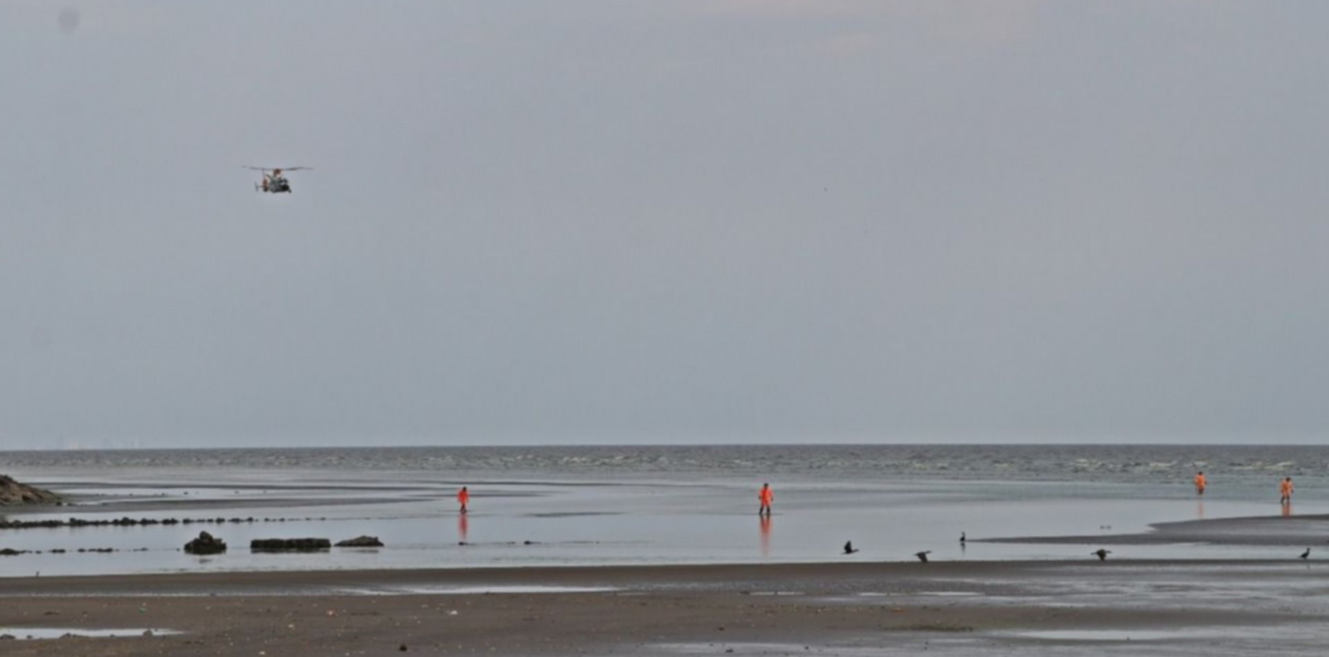 Continúa la búsqueda del pescador desaparecido desde el lunes en el Río de la Plata