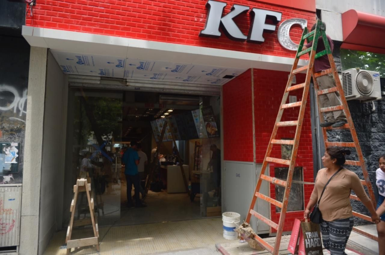 Llega Kfc Otra Cadena Internacional Desembarca En La Plata