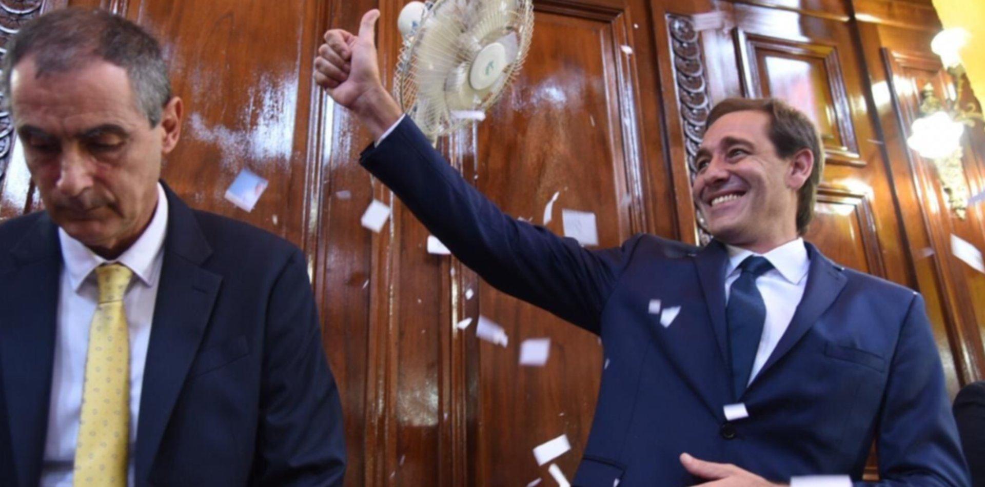 Garro asume el segundo mandato y juran los doce concejales electos