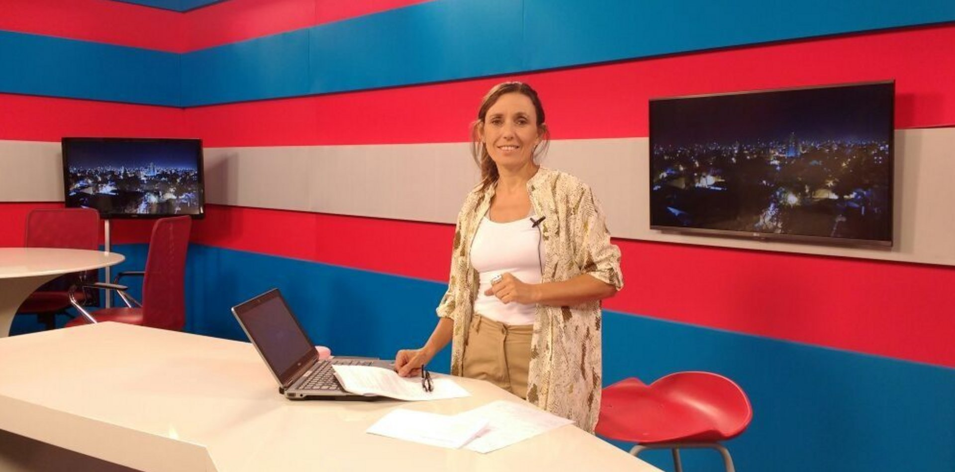 "Se presenta ""Salir al aire"", el primer libro de la periodista Sandra Di Luca"