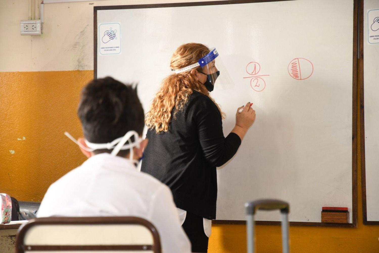 30.000 docentes darán clases los sábados en la provincia: ¿cuánto van a cobrar?